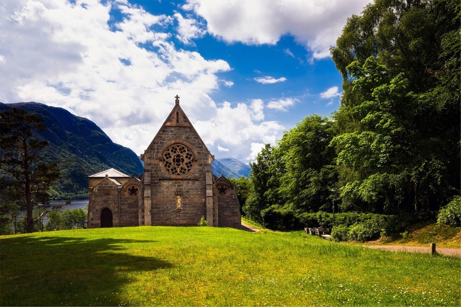 St Mary and St Finnan, Loch Shiel